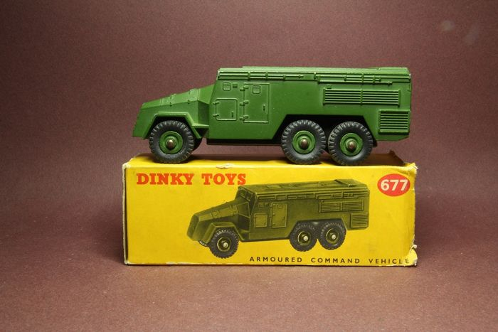 Dinky Toys - 1:43 - Armoured command vehicle - Dinky toys 677