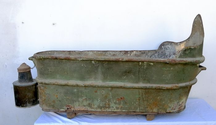 Antique bathtub with kettle - Copper - late 19th century