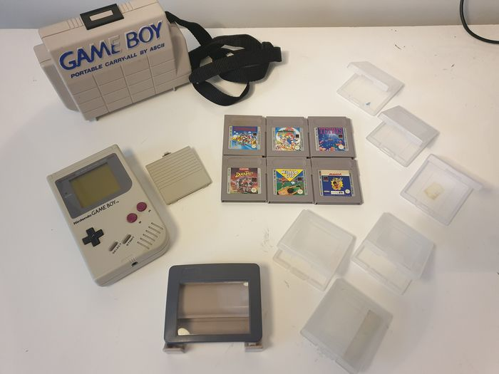 Nintendo DMG-01 1989+Nintendo Carrier Case, Magnifying glass, strap, 6 original nintendo box protectors - Gameboy Classic Tetris Pack included Tetris, Super Mario Land 1 + 2, Ducktales, Asterix and WorldCup (6) - In original box