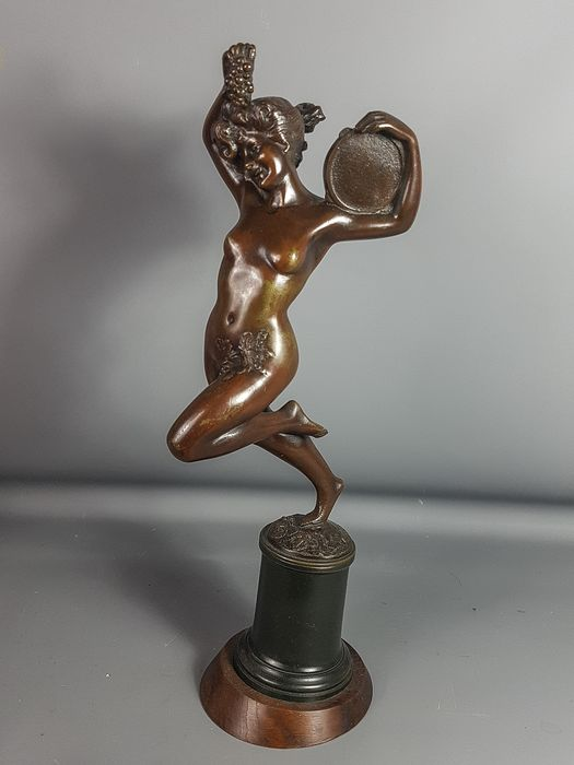 Faure - Naked dancer with tambourine