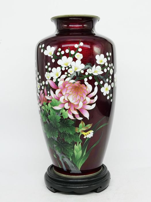 Vase - Bronze, Enamel - With marked of 'ANDO CLOISONNE' - A beautiful Japanese coisonne enamel vase 'Four season flowers' - Japan - Early Showa period