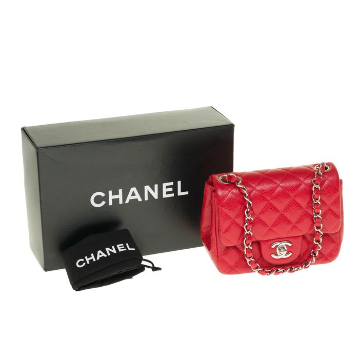 Chanel - Timeless Mini Square en cuir caviar rouge, garniture en métal argenté - Handtasche