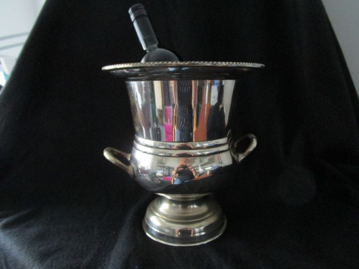 Champagne cooler / Wine cooler (1) - Silverplate