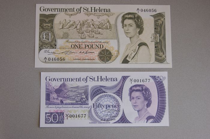 Saint Helena - 50 pence and 1 Pound ND (1976) - Pick 5 and 6 - with incorrect spelling
