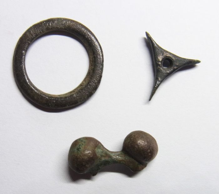 Celtic. Lot comprising 3 pieces of AE Proto / Ring Money,  ca. 6th-2nd century BC