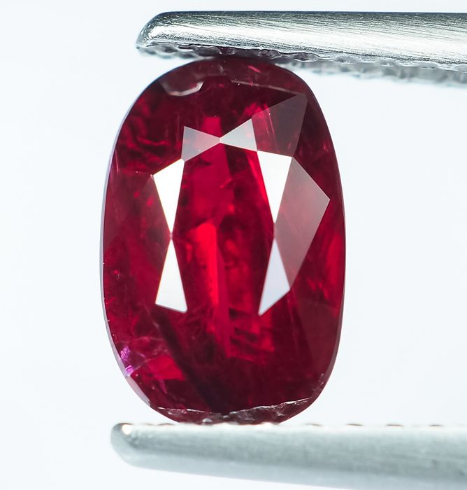 "Nessuna riserva - Vivido ""Royal Red"" Ruby - 1.17 ct"