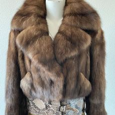 Rebecca Paris - Fur Boutique - Jacke