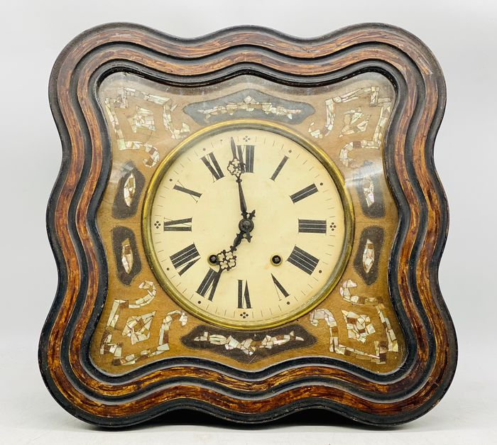 Ox Eye Clock - Brons, Porslin, Trä - Sent 1800-tal