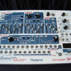 Roland - SH-32 - Synthesizer - 2002