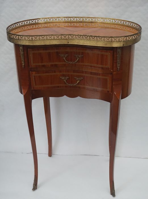 Ambulatory cabinet with two drawer, Kidney shaped - Louis XVI Style