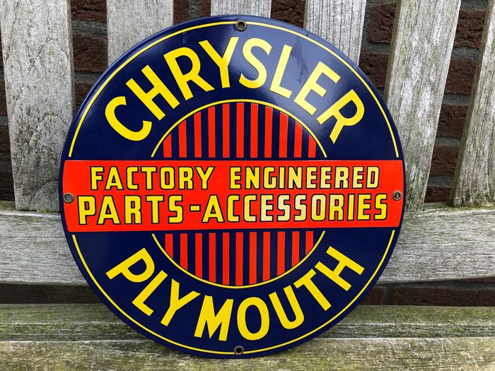 Reclamebord - Ande Rooney, USA 1989 - Chrysler / Plymouth.