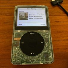 Apple iPod Video 5.5th Gen - 80 GB kaum verwendet - * *