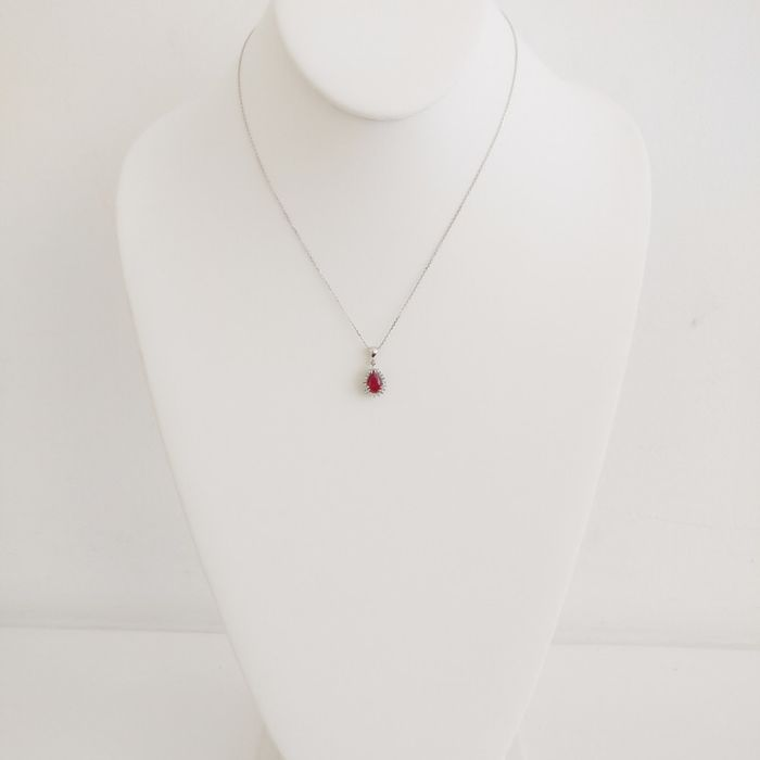 18 carats Or blanc - Collier - 1.00 ct Rubis - Diamants