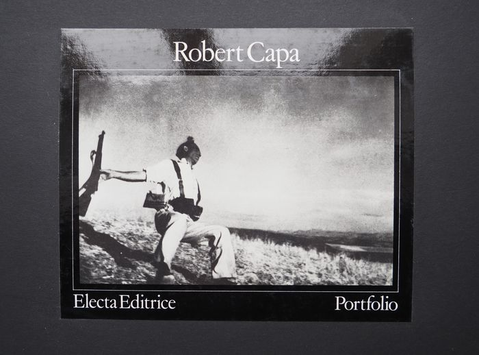 Robert Capa (1913-1954) - Portfolio Electa 1979. Numbered 436/1000