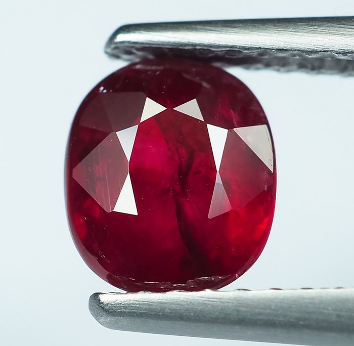 No Reserve - Vivid Red Ruby - 1.17 ct