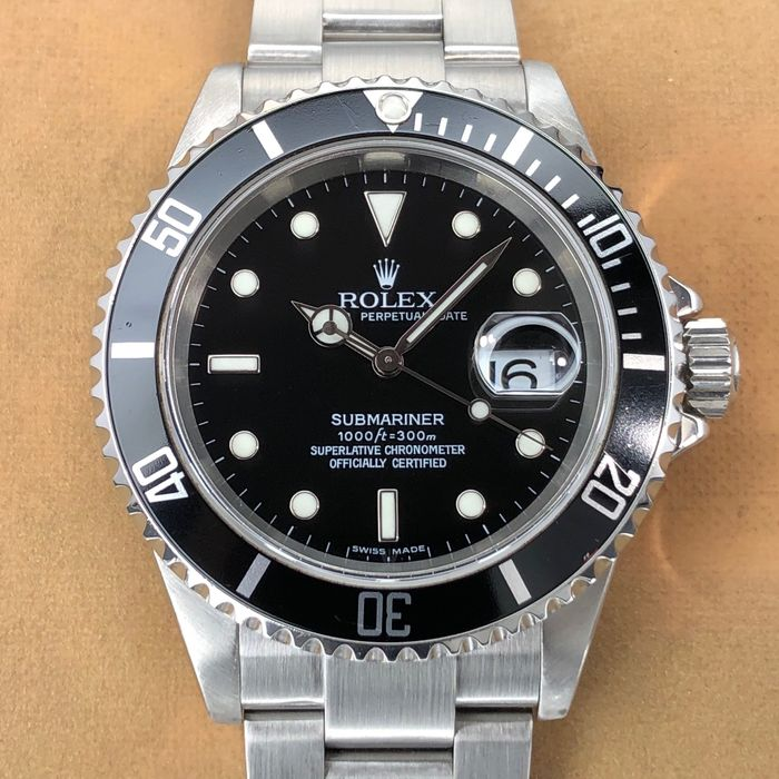 Rolex - Submariner Date - 16610 - Men - 2006