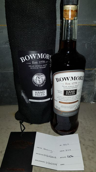 Bowmore 1999 19 years old - Hand Filled - Sherry Cask - Original bottling - b. 2018 - 70cl