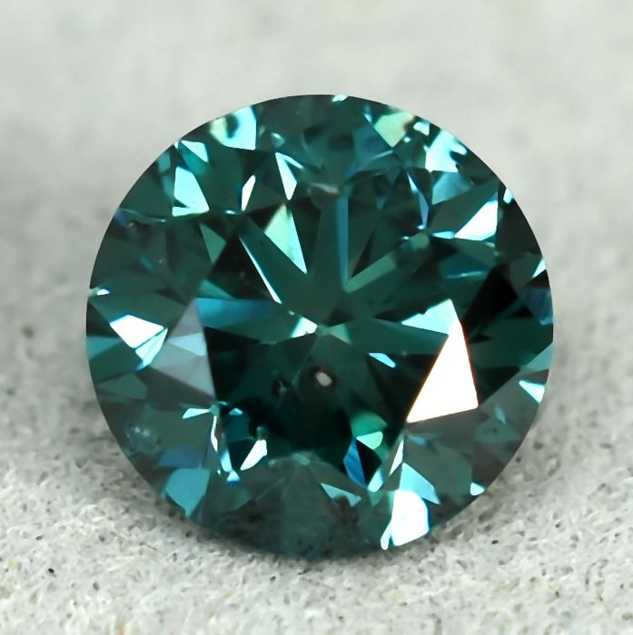 Diamond - 0.81 ct - Brilliant - Fancy Deep Bluish Green Colour Treated - SI1