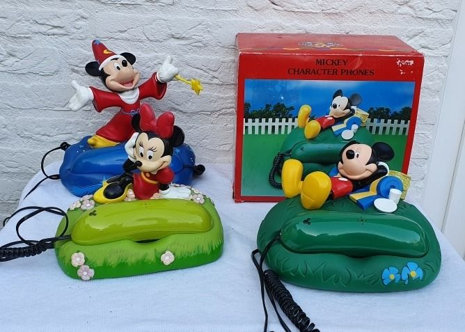 Walt Disney - 3 Telefoons - Mickey Mouse - Relaxed liggend - Tovenaar - Minnie Mouse - First edition