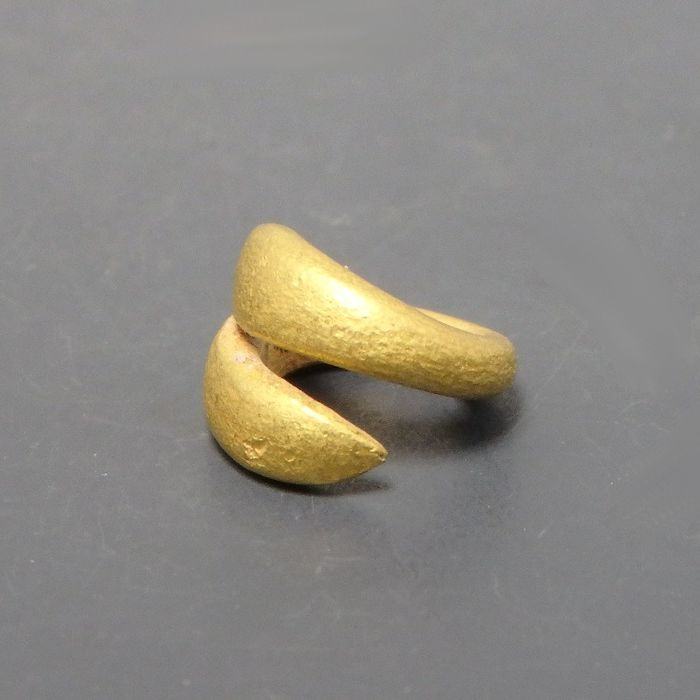 Small & Beautiful Ancient Greek Solid Gold Hair Tie/ Ring - 9mm diam