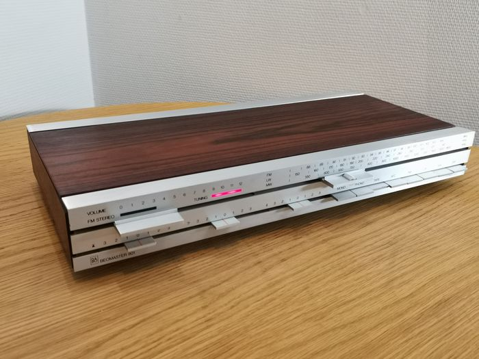 B&O - Beomaster 901. 2 new scale glasses will be included - Ricevitore stereo