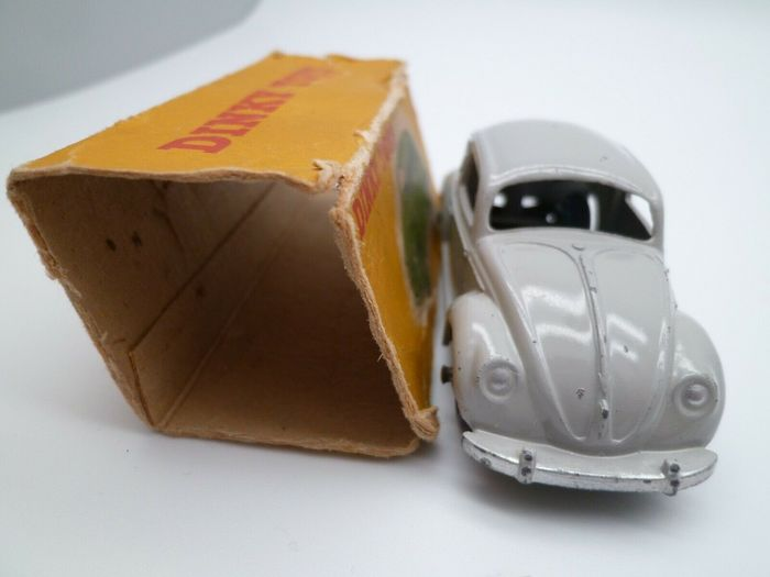 Image 3 of Dinky Toys - 1:43 - Dinky n°181 Volkswagen Beetle - produced from 1956 to 1970
