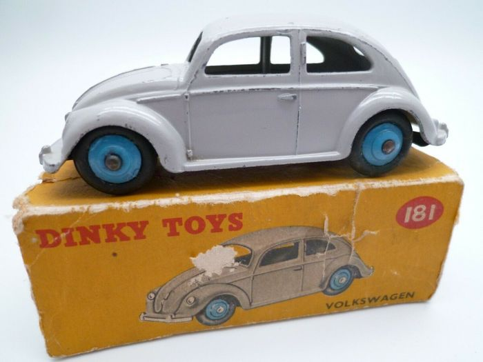 Preview of the first image of Dinky Toys - 1:43 - Dinky n°181 Volkswagen Beetle - produced from 1956 to 1970.