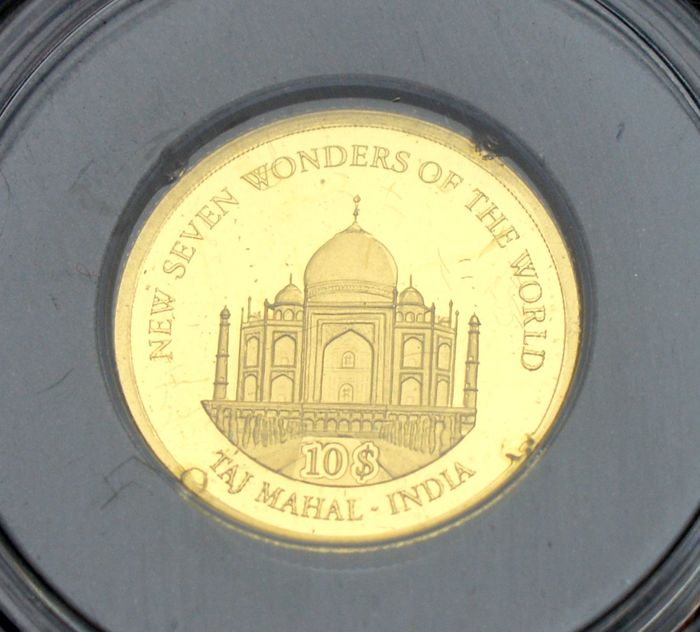 Solomon Islands. 10 Dollars 2007 Taj Mahal India