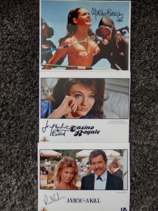 James Bond - Lot of 3 - Jacqueline Bisset (CR 1967), Martine Beswick (Thunderball) Kim Norton (A View to a Kill) - Nimikirjoitus, Valokuva, Signed with Certified Genuine b´bc holographic COA