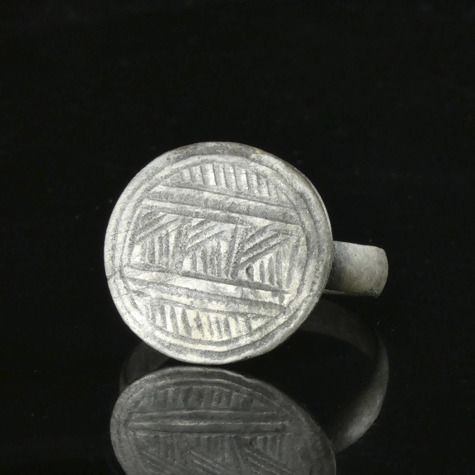 Ancient Roman Silver Military decorated Ring - (1)