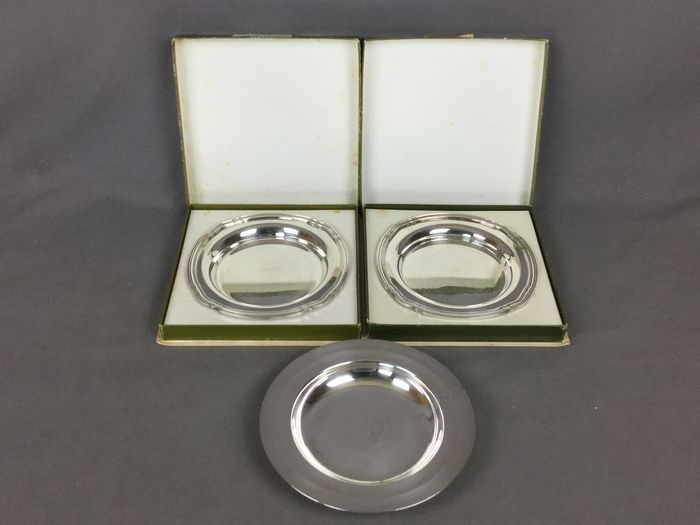 Christofle - 3 trays or coasters - Silverplate