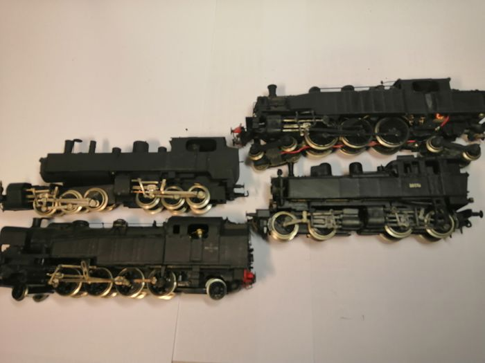 Preview of the first image of Jouef, Rivarossi H0 - Steam locomotive - 4 locos-tender - SNCF.