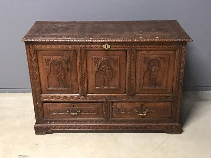 Preview of the first image of Casket, Chest of drawers, Blanket chest - Renaissance Style - Oak - 19th century.