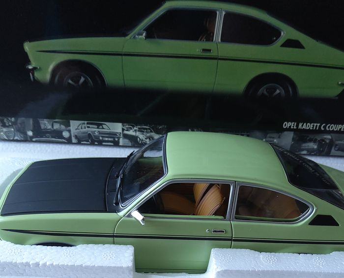 Preview of the first image of MiniChamps - 1:18 - Opel Kadett C Coupe SR.