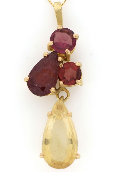 Image 3 of 18 kt. Yellow gold - Necklace, Necklace with pendant - 2.00 ct Ruby - Citrine, Garnets