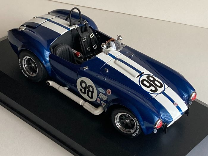 Preview of the first image of Kyosho - 1:18 - Shelby Cobra 427 - Shelby Cobra 427 Absolute Eycatcher, Super Beautiful and Super R.