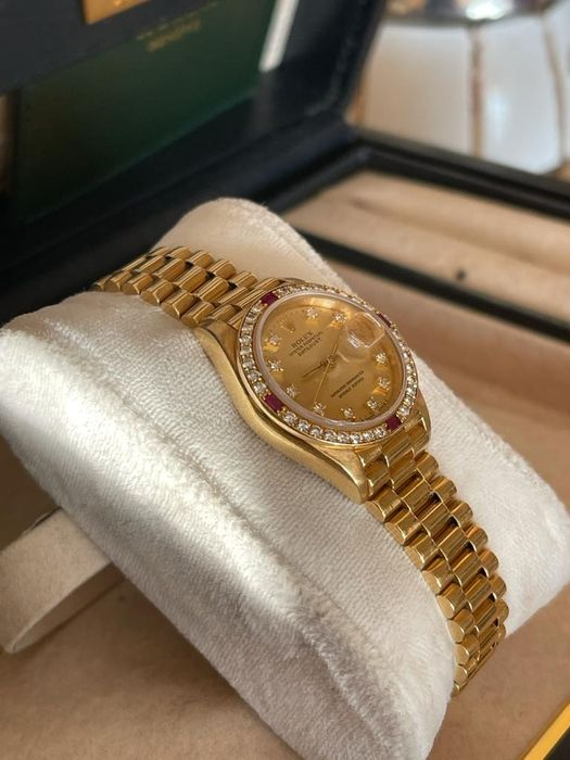 Image 3 of Rolex - Oyster Perpetual DateJust - 69068 - Women - 1990-1999