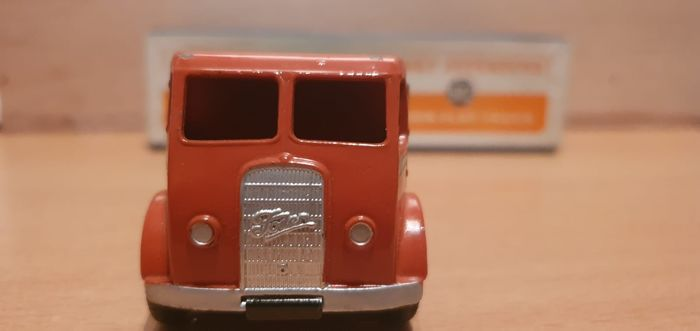 Image 3 of Dinky Toys - 1:50 - Dinky Toys nr. 502 Foden Flat Truck 1st issue cabNear-Mint - Supertoys