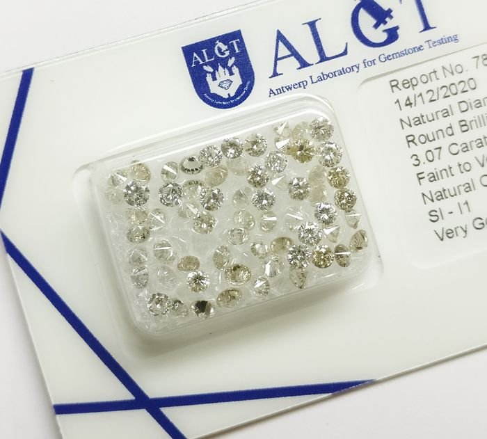 64 pcs Diamantes - 3.07 ct - Brillante redondo - Faint To Very Light Brown - SI-I1 - No Reserve Price