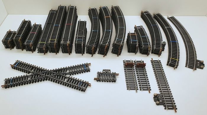 Preview of the first image of Jouef, Lima H0 - N3020-N3030 serie/N3041/475-3/475-2A - Tracks - Lot of various rails.