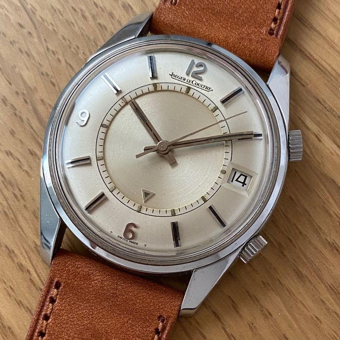 Jaeger-LeCoultre - Memovox Date - Homme - 1960-1969