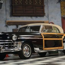 Chrysler - New Yorker Town & Country 2 Dr Hardtop - 1950