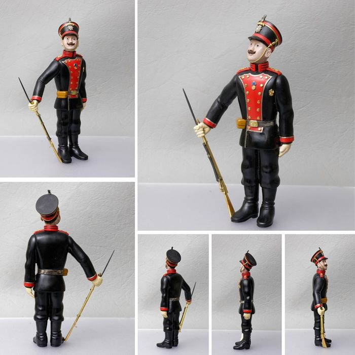 Soldier after Fabergé - Handcrafted from gemstone with 18K gold - Eberhard Bank - Germany - 21st century