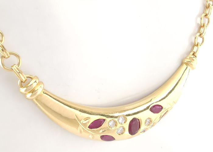 Preview of the first image of 18 kt. Yellow gold - Necklace - 0.62 ct Ruby - Diamonds.