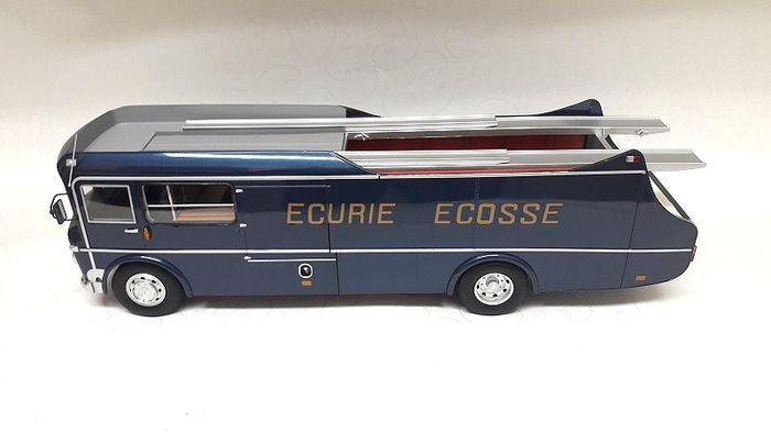 CMR - 1:18 - COMMER TS 3 TRUCK Team Ecurie Ecosse 1959 Limited