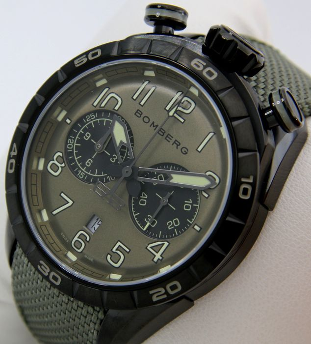 "Bomberg - - NO RESERVE PRICE - Chronograph Bolt-68 ""Green Tone""- Swiss Made - - NS44CH - Hombre - 2011 - actualidad"