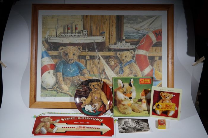 Preview of the first image of Steiff - various merchandise items.