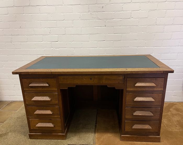 Preview of the first image of Desk (1) - Oak - Early 20th century.