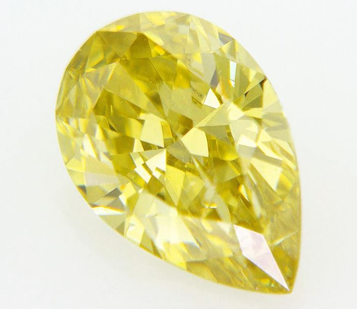 1 pcs Diamants - 0.39 ct - Poire - Jaune intense fantaisie - SI2, no reserve price igi