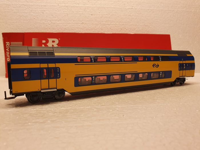 Preview of the first image of Rivarossi H0 - HR4042 - Passenger carriage - IRM Intermediate Car - NS.